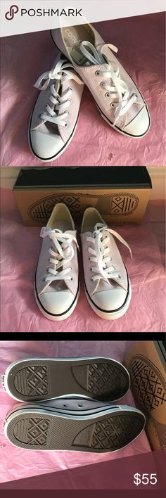 🆕Dainty OX purple dust Converse sneakers Nwot never use just tried on, pretty lilac color have box but no top cover. 💜💜💜 Converse Shoes Flats & Loafers