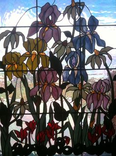 For my friend Mary Berens-Oney, who loves stained glass.  :)   I thought of you when I saw this Iris window was at Wine O'Clock restaurant in Prosser, Washington.