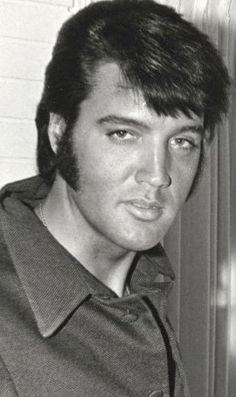 Cropped photo of Elvis with Tom Jones 1969 ❤.
