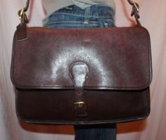 Vtg COACH USA Med Brown Leather Shoulder Hobo CrossBody Satchel Slouch Purse Bag #Coach #MessengerCrossBody