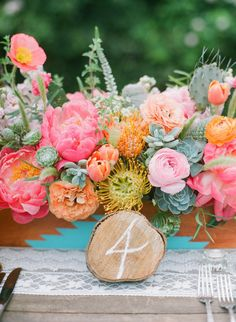 There is wedding inspiration and then there's wedding inspiration like this from Bash, Please and Bryce Covey. It's the kind with gorgeous ideas that you can bundle up and apply to your big day. With a beautiful blending of bohemian details, blooms