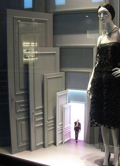 VM | Window Visual Merchandising | VM | Window Display | Dior, Milan
