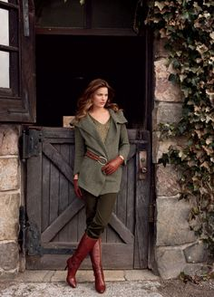 chic equestrian outfit with boots