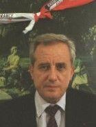 Jean-Charles Marchiani s'est rendu célèbre en 1988, grâce à son rôle décisif dans la libération des otages au Liban. Les journalistes Kaufman, Carton et Fontaine lui doivent leur survie et leur liberté. Agent du SDECE (ancêtre de la DGSE) à la fin des années soixante, Jean-Charles Marchiani passe les années soixante-dix dans le secteur privé. Il commence chez Peugeot SA, comme chargé des affaires syndicales.