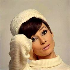Audrey Hepburn. LOVE this makeup! A little impractical but it looks so great on her lol