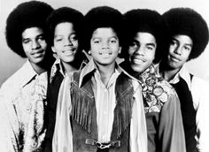 """THE JACKSON 5 ~ The group, appeared on the """"Ed Sullivan Show"""" twice. Once in and again in They were with Motown for 6 years, and in Gordy began a spin-off solo career for Michael. Jackson 5, Paris Jackson, Jackson Family, Elvis Presley, Stylus, Beatles, Familia Jackson, Musica Disco, Photo Vintage"""