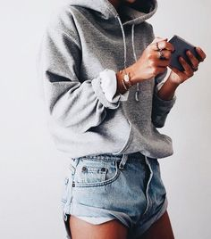 casual, but adorable | fashion inspiration, casual, everyday, day to night, date outfit, minimalist, minimalism, minimal, simplistic, simple, modern, contemporary, classic, classy, chic, girly, fun, clean aesthetic, bright, white, pursue pretty, style, ne