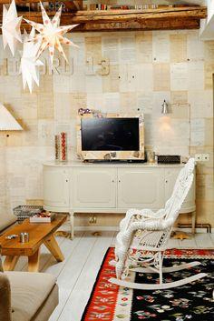 Ochișoru e mai mult decât o casă   e un stil de viață, în București. Interior Styling, Interior Design, Little Paris, Design Case, Hygge, Corner Desk, Home Goods, Mai, House Design