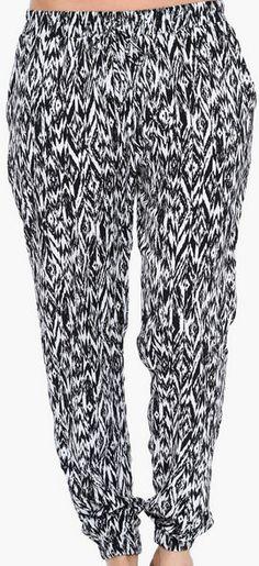 Ikat Harem Pants 80s Fashion, Fashion Killa, Trendy Fashion, Fall Outfits, Cute Outfits, Fashion Displays, 80s Outfit, Fancy Pants, Harem Pants
