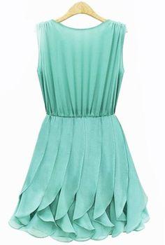 Green Sleeveless Pleated Chiffon Dress