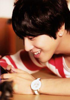 Yonghwa 3 so adorable!