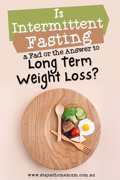 We thought that we would examine intermittent fasting – the good and the bad – and to see if it might be suited to you – or whether you should keep well away from it! Eating Fast, Stop Eating, Eating Well, Best Weight Loss Shakes, Fitness Tips, Health Fitness, Healthy Tips, Healthy Recipes, Pregnant And Breastfeeding