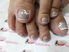 Resultado de imagem para unhas do pé decoradas francesinha Pedicure Designs, Toe Nail Designs, Pretty Toes, Fancy Nails, Toe Nails, Nail Tips, Hair Beauty, Nail Art, Makeup