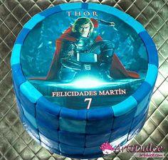 Tarta Thor para Martín, su personaje favorito!