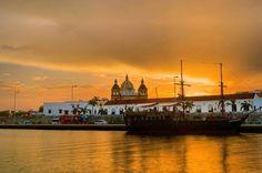 """""""Cartagena de Indias: ¡Feliz día de la independencia!  Foto: @ctgenadeindias © #ViveLaMagia…"""""""