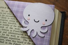 bookmark--ACK! I could totally do these with my new Cameo! I do not have time tonight. I do not have time tonight. I do not! But I so want to.