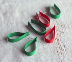 Craft Project: How To Make A Ribbon Christmas Tree – A Creative Yarn Christmas Tree Yarn, Fabric Christmas Ornaments, Xmas Tree, Christmas Decorations, Holiday Crafts, Craft Projects, Crafts For Kids, Ornament Wreath, Tutorials