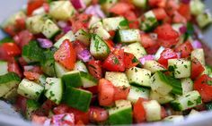 Israeli salad by smitten kitchen. So simple, tasty, and fresh. Love this salad--and, yes, you can have it with any meal! 1 cucumber 2 roma tomatoes red onion lemon (juice only) Parsley Salt Sumac powder (not necessary) Smitten Kitchen, Salad Dressing Recipes, Salad Recipes, Juice Recipes, Smoothie Recipes, Soup Recipes, Fatoosh Salad Dressing, Coleslaw Dressing, Couscous Recipes