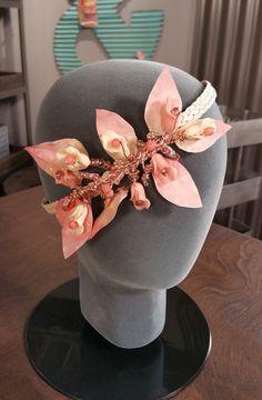 Beautiful beaded headbands on Make It Artsy