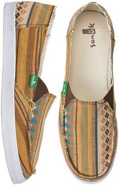 SANUK STANDARD PONCHO SHOE > Womens > Footwear > Shoes | Swell.com