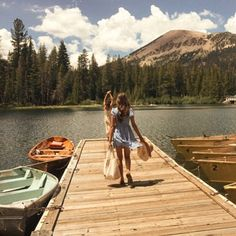 Happy Photos, Lake Life, Aesthetic Wallpapers, Life Is Good, Cottage, Mountains, World, Places, Summer