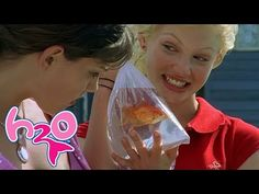 Watch the full episode 9 of - just add water :) When one of Cleo's beloved fish dies, Rikki can't understand why she is so upset and ends up offending he. Moon Pool, H2o Mermaids, Rare Fish, Girl In Water, Full Episodes, The Little Mermaid, Ads, Disney Channel, Season 1