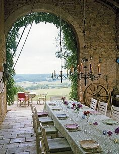 Come see photos of beautiful French Country decor within these Provence-inspired interiors in France and outside of France. Get lovely decorating ideas and glimpses of rustic elegance, effortless undone charm, and simple sophistication. Outdoor Rooms, Outdoor Dining, Outdoor Decor, Indoor Outdoor, Rustic Outdoor, Ireland Homes, Al Fresco Dining, French Provincial, Home Photo