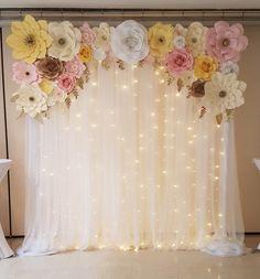 New Ideas brunch bridal shower ideas decorations paper flowers Bridal Shower Balloons, Bridal Shower Backdrop, Bridal Shower Flowers, Bridal Shower Centerpieces, Tea Party Bridal Shower, Bridal Shower Games, Party Kulissen, Brunch Decor, Brunch Ideas