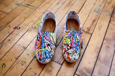 paint splattered Toms....sooo cute