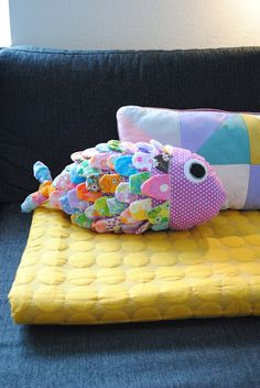 Fabric remnant fish-- @Bethany Shoda Shoda Delaney next Monday craft day project???