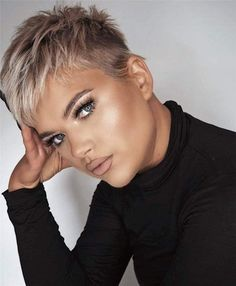 Popular Short Pixie Cut Hairstyles with Casual and Prom Looks - Page 10 of 35 - Lead Hairstyles Short Sassy Hair, Super Short Hair, Short Hair Older Women, Short Grey Hair, Older Women Hairstyles, Short Blonde, Short Hair Styles, Cut Hairstyles, Super Short Pixie Cuts