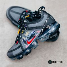 Nike air vapormax size for Sale in Fort Worth, TX - OfferUp Tenis Nike Air, Nike Air Shoes, Nike Air Max, Nike Heels, Nike Shox, Nike Shoes Outlet, Moda Sneakers, Cute Sneakers, Shoes Sneakers