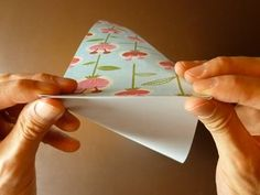 No ordinary origami envelope, this one opens out like a flower. It's easy to make too - I'll show you how to fold it step by step with this 5 minute video. Origami Envelope, Origami Paper, Square Envelopes, How To Make An Envelope, Origami Decoration, Diy Fan, Origami Instructions, Mail Art, Pinwheels