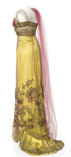 Gorgeous detail circa 1907-1910 from the Callot Soeurs