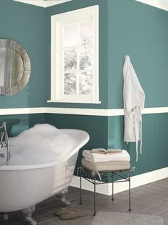 Find color and color combinations with the Benjamin Moore color tool. Exterior Color Combinations, Exterior Colors, Interior And Exterior, Color Schemes, Green Dining Room, Dining Room Walls, Living Room, Wall Colors, Paint Colors