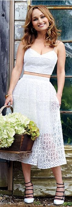 Who made Giada De Laurentiis' white cropped top, lace pleated skirt, jewelry, and black buckle pumps Beautiful Italian Women, Giada De Laurentiis, Hot Brunette, Lace Crop Tops, Celebs, Celebrities, Celebrity Style, Style Inspiration, Steampunk Fashion