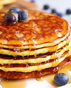 These Paleo Coconut Flour Pancakes are the best you'll ever make! They're made with just 4 main ingredients and a little coconut oil making them grain-free, dairy-free, and refined sugar free. A recipe for coconut pancakes that the kids will also enjoy. Coconut Recipes, Gluten Free Recipes, Keto Recipes, Cooking Recipes, Healthy Recipes, Dairy Free Recipes For Kids, Sugar Free Pancakes, Coconut Flour Pancakes, Tapioca Flour Recipes