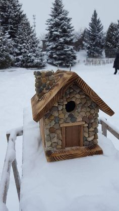 Check out this item in my Etsy shop https://www.etsy.com/listing/580603995/birdhouse-rustic-cabin-with-stone