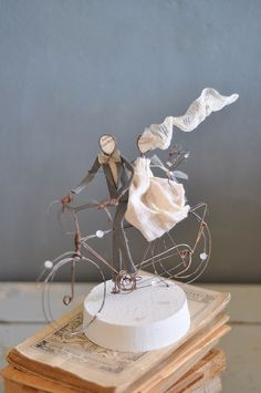 Best bride & groom riding a bike cake topper. Best Picture For cool wedding cakes creative For Your Custom Wedding Cake Toppers, Wedding Topper, Wedding Cake Designs, Wedding Cakes, Bicycle Cake, Bike Cakes, Funny Cake Toppers, Best Bride, Wedding Brooch Bouquets