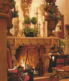 Baroque fireplace with angels Christmas Fireplace Mantels, Fireplace Mantle, Tuscan Decorating, French Country Decorating, Mantle Decorating, Country French, Holiday Decorating, Decorating Ideas, Decoration Baroque