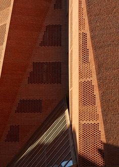 Incredible Use of Bricks! Saw Swee Hock Student Centre at London School of Economics by O'Donnell + Tuomey