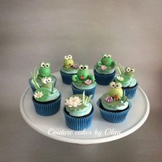 Frog cupcakes - Cake by Couture cakes by Olga Frog Cupcakes, Easter Cupcakes, Cupcake Cakes, Cupcake Couture, Couture Cakes, Mini Tortillas, Camping Theme Cakes, Little Boy Cakes, Buffet