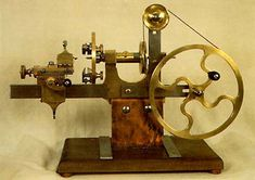 Watchmaker's lathe - Very Steampunk Antique Tools, Old Tools, Vintage Tools, Woodworking Machinery, Woodworking Tools, Pocket Watch Antique, Machine Tools, Tools And Equipment, Wood And Metal