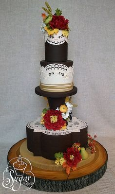 Fall/Autumn rustic tree bark and lace cake from the 2014 Grand National Wedding Cake Competition