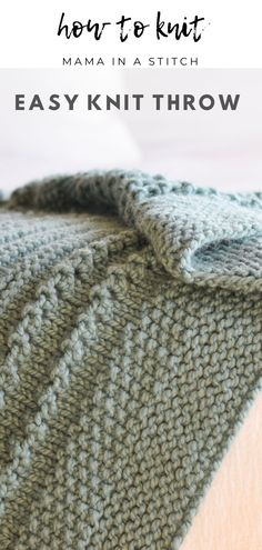 After I shared the Wintertide Throw (here), many of you asked whether I'd make a similar chunky knit blanket. This cuddly knit version Free Baby Blanket Patterns, Easy Knitting Patterns, Crochet Patterns, Baby Blanket Knitting Patterns, Knitting Yarn, Free Knitting, Baby Knitting, Knitting Blogs, Free Crochet