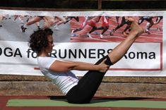 Esercizi addominali: 10 ottimi esercizi per perdere la pancia da fare a casa! Zumba, Hata Yoga, Pilates Abs, Fitness Goals, Gym, Workout, Sports, Mozzarella, Recipes