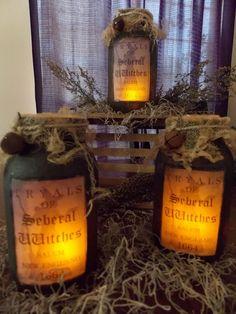 Primitive Mason Jar Lighting - Best Primitive Decorating Ideas, http://hative.com/best-primitive-decorating-ideas/,