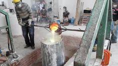 Dentro de nuestros servicios contamos con el personal capacitado para el mantenimiento, reparación y restauración de esculturas de bronce, y en otros materiales como en resinas, en fibra de vidrio. Como también podemos asesorarles en lo que se refiere al mejoramiento de fuentes y monumentos. - FUND...