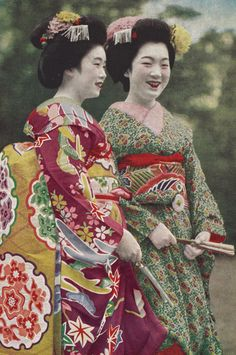 Maiko. About late 1930's, Japan. There is a beautiful Geisha exhibition at the Volkenkunde museum in Leiden at the moment!