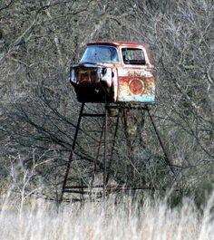 Texas Deer Blind! Repurpose the ol' 4-wheeler.